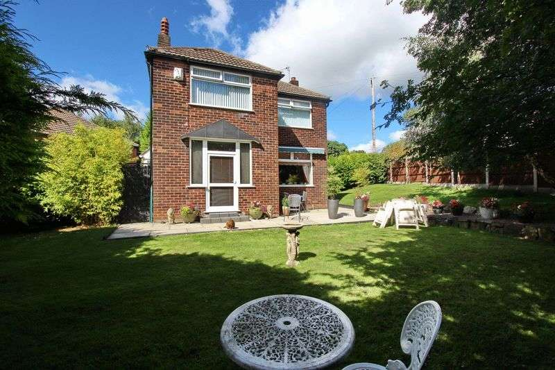 3 Bedrooms Detached House for sale in Sandy Lane, Prestwich, Manchester