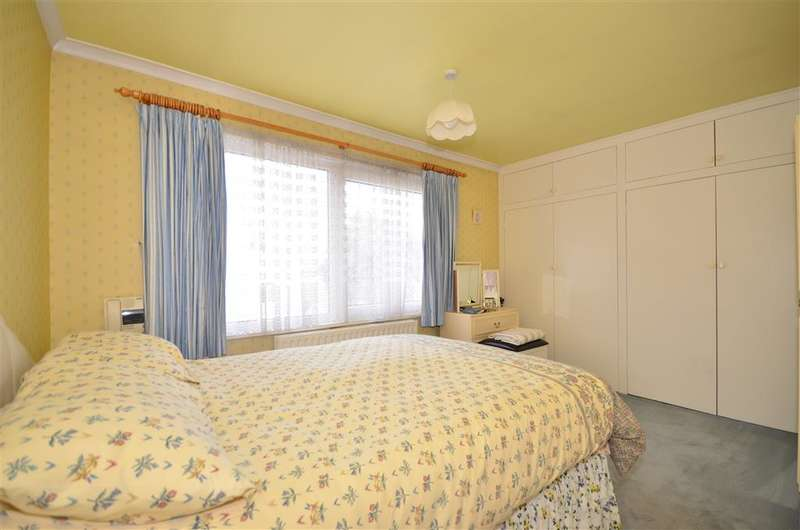 3 Bedrooms Apartment Flat for sale in Palmerston Road, Southsea, Hampshire