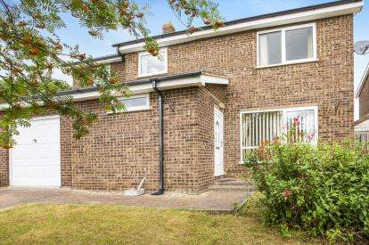 4 Bedrooms Detached House for sale in Florida Avenue, Hartford, Huntingdon, Cambridgeshire