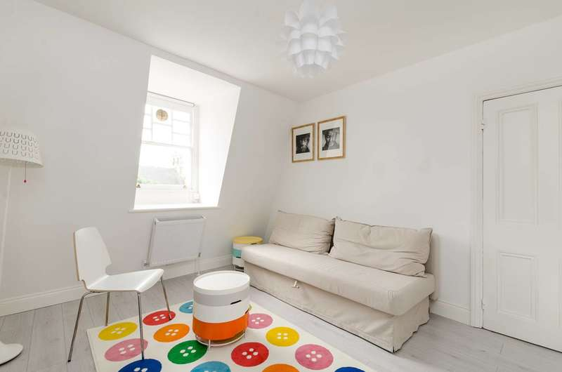 1 Bedroom Flat for sale in Harrington Road, South Kensington, SW7