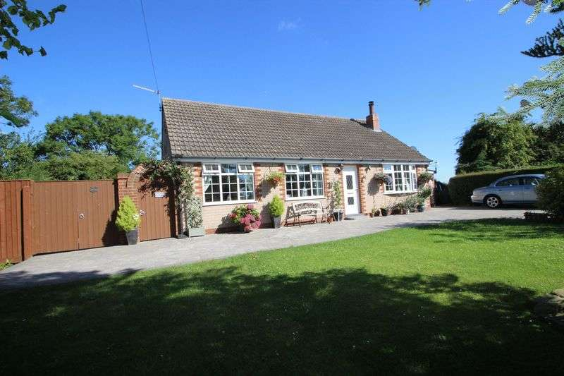 3 Bedrooms Detached Bungalow for sale in GRANGE LANE, UTTERBY