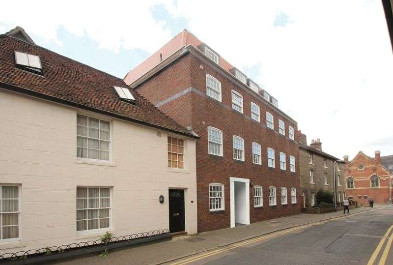 2 Bedrooms Flat for sale in Apartment 4 CASTLE HOUSE East Street, Tonbridge