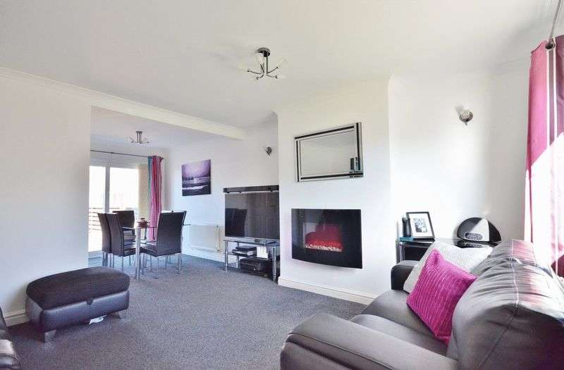 3 Bedrooms Semi Detached House for sale in Balmoral Road, Whitehaven