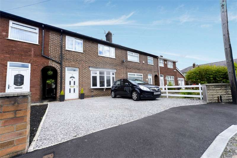 3 Bedrooms Terraced House for sale in Byron Grove, Leigh, Lancashire