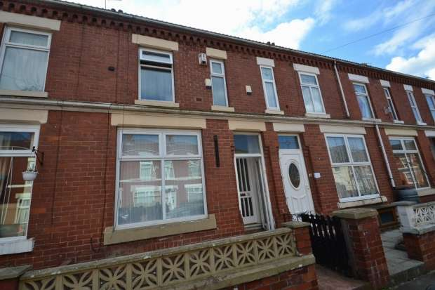 3 Bedrooms Terraced House for sale in ALBION STREET OLD TRAFFORD M16 9LZ MANCHESTER