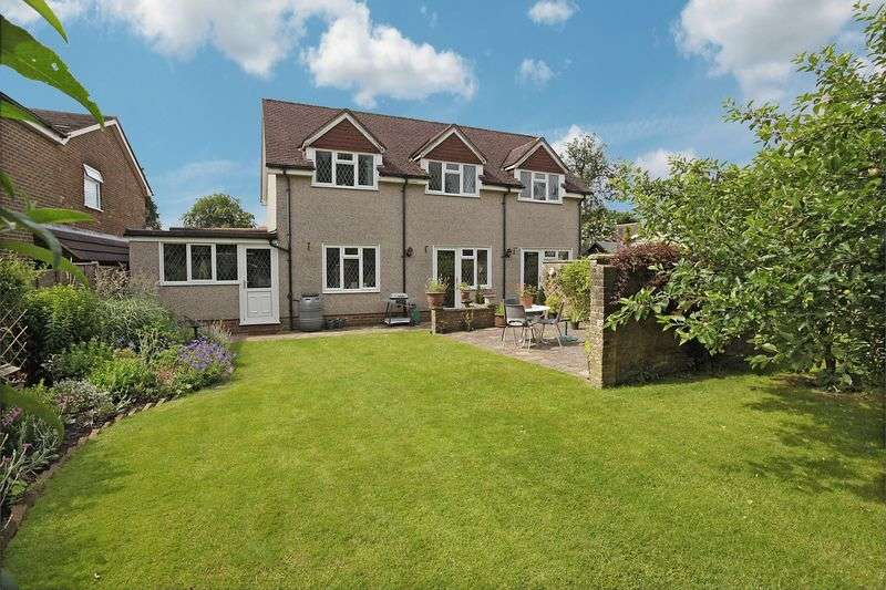 4 Bedrooms Detached Bungalow for sale in Blackness Road, Crowborough, East Sussex