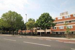 3 Bedrooms Flat for sale in Mansel Court, 180 Battersea Bridge Road, Battersea, London