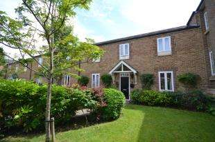 2 Bedrooms Terraced House for sale in Frederick Thatcher Place, North Trade Road, Battle, East Sussex