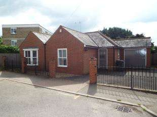 6 Bedrooms Bungalow for sale in Norfolk Road, Canterbury, Kent, England