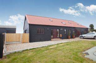 3 Bedrooms Barn Conversion Character Property for sale in Wade Barn, Potten Street, St. Nicholas At Wade, Birchington
