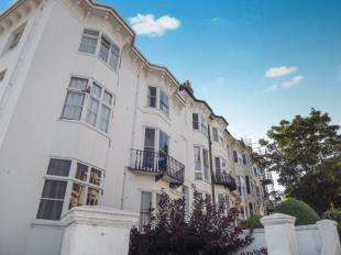 2 Bedrooms Maisonette Flat for sale in Buckingham Place, Brighton, East Sussex