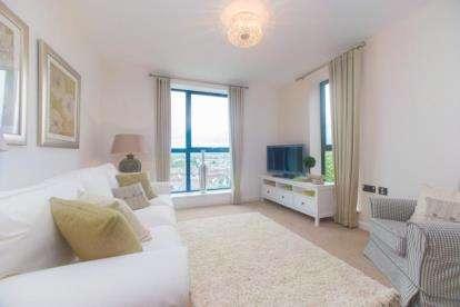 2 Bedrooms Flat for sale in Western Road, Newton Abbot, Devon