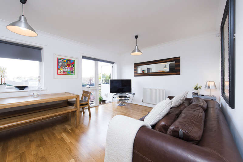 2 Bedrooms Flat for sale in Church Road, N1 2FA