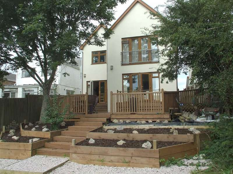 4 Bedrooms Property for sale in Joiners Road, Three Crosses
