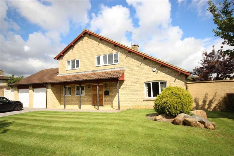 4 Bedrooms Property for sale in Vanbrugh Gate, Broome Manor, Swindon