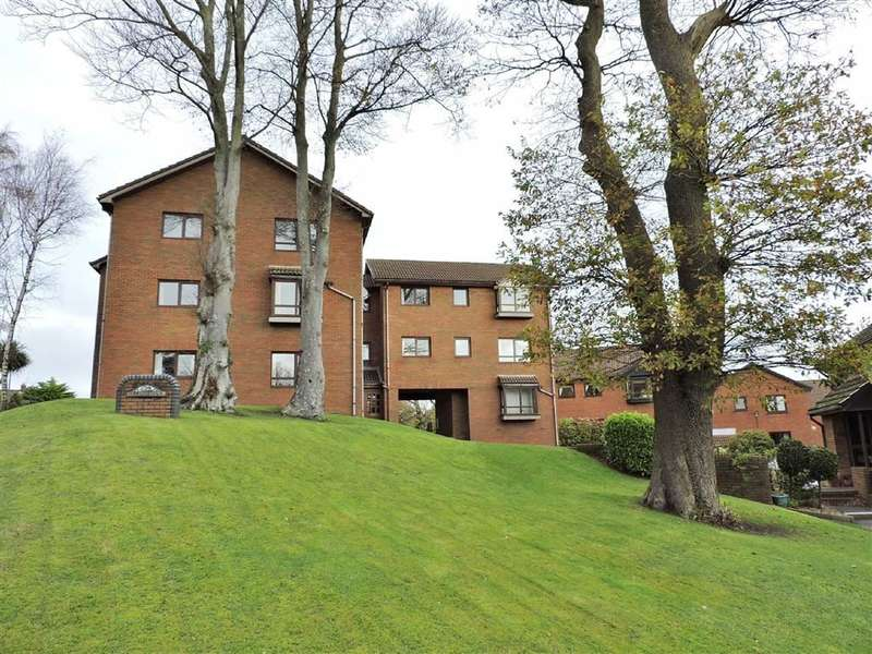2 Bedrooms Flat for sale in Folland Court, West Cross