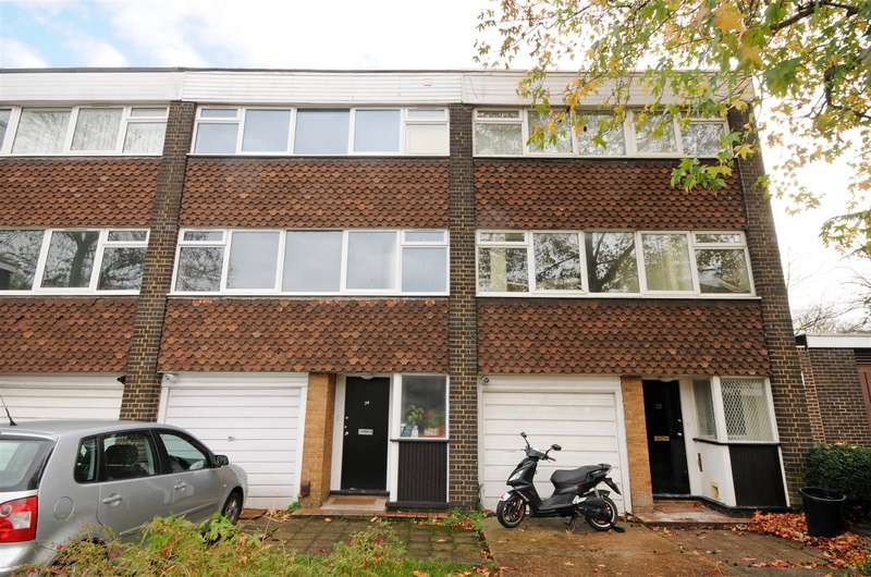 4 Bedrooms House for sale in Heronsforde, Ealing, W3