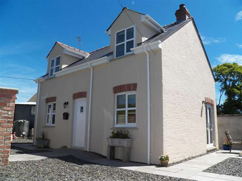 3 Bedrooms Property for sale in Targate Road, Freystrop, Haverfordwest