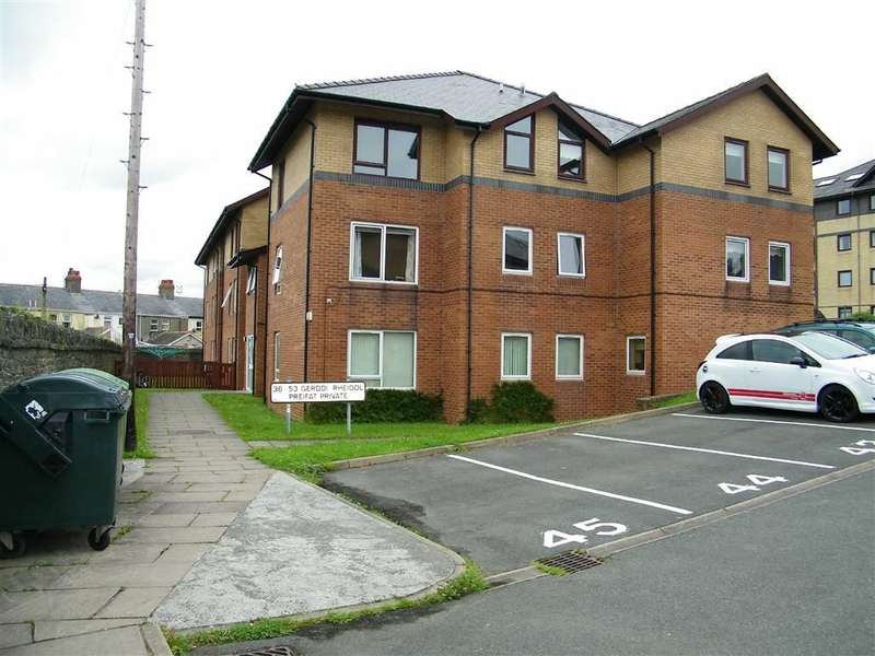 2 Bedrooms Flat for sale in Gerddi Rheidol, Trefechan