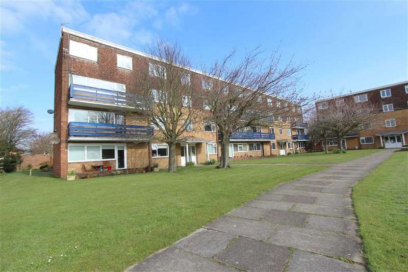 2 Bedrooms Property for sale in Eldon Court, Lytham St Annes, Lancashire