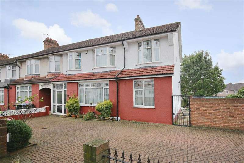 6 Bedrooms Property for sale in Chimes Avenue, Palmers Green, London