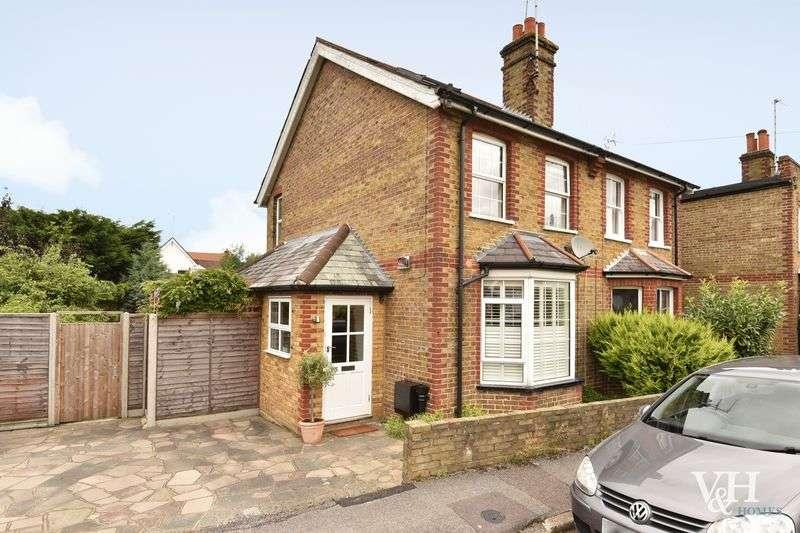 3 Bedrooms Semi Detached House for sale in Albert Road, Ashtead