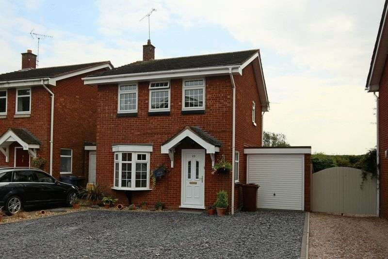 3 Bedrooms House for sale in Shelmore Way, Gnosall, Staffordshire