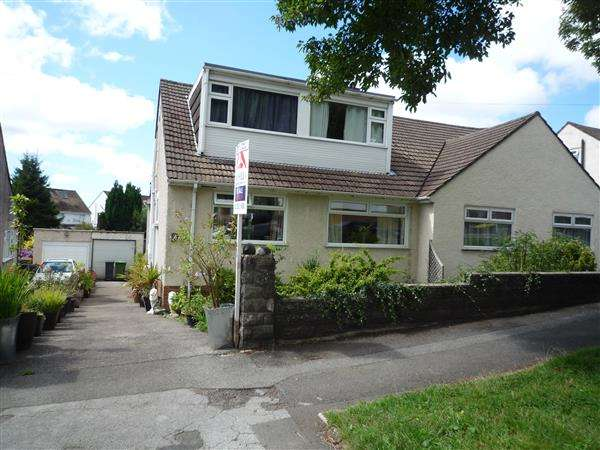 3 Bedrooms Bungalow for sale in Heol Uchaf, Rhiwbina, Cardiff