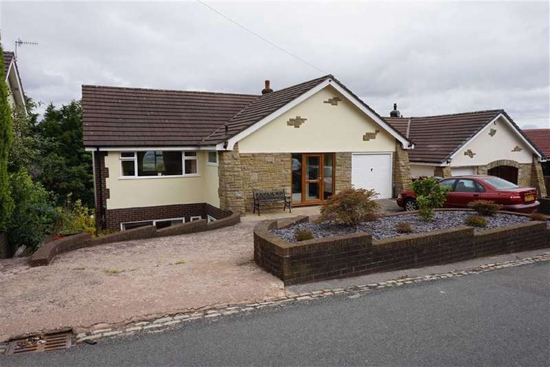 5 Bedrooms Property for sale in Tockholes Road, Darwen, Lancashire
