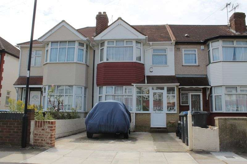 3 Bedrooms Terraced House for sale in Marrilyne Avenue, Enfield