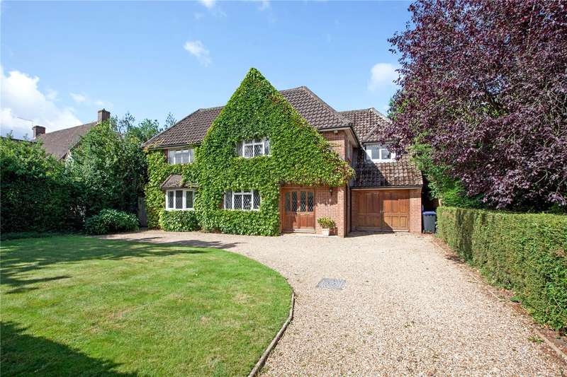 5 Bedrooms Detached House for sale in Linkswood Road, Burnham, Buckinghamshire, SL1
