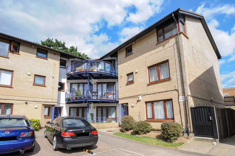 1 Bedroom Flat for sale in Shapland Way, London