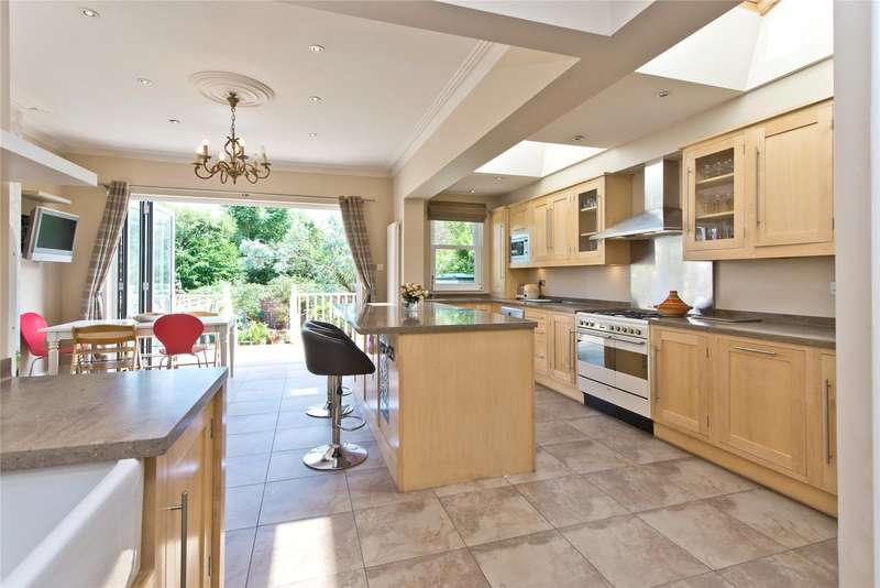 5 Bedrooms Terraced House for sale in Melrose Avenue, London, SW19