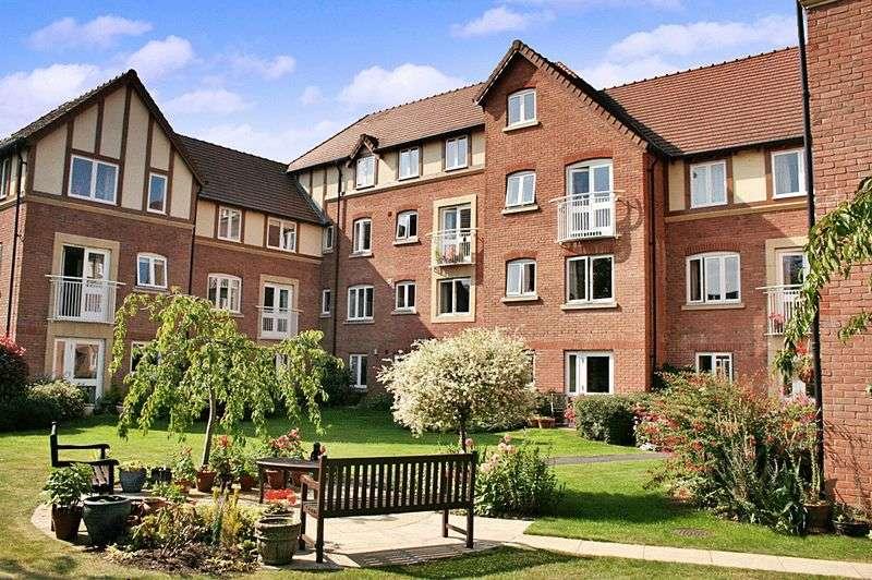 1 Bedroom Retirement Property for sale in Santler Court, Malvern, WR14 1SF