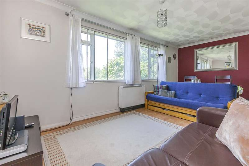 2 Bedrooms Flat for sale in Dennis Court, Dartmouth Hill, London, SE10