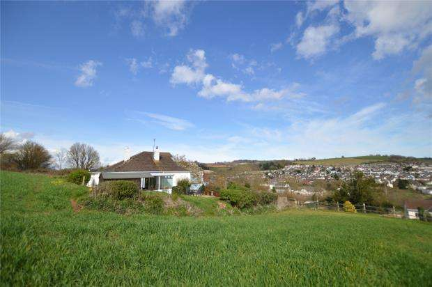 3 Bedrooms Detached Bungalow for sale in Old Newton Road, Kingskerswell, Newton Abbot, Devon