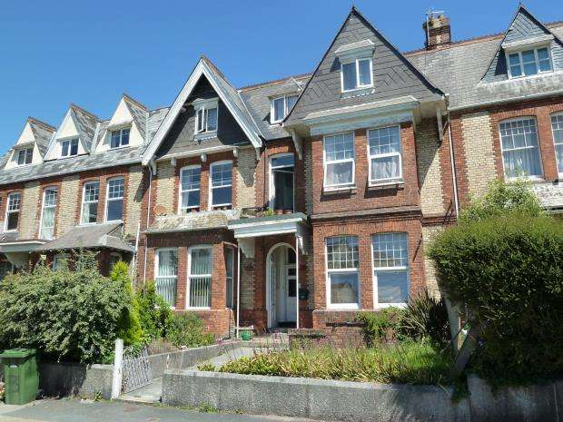 3 Bedrooms Flat for sale in Queens Gate Villas, Plymouth, Devon