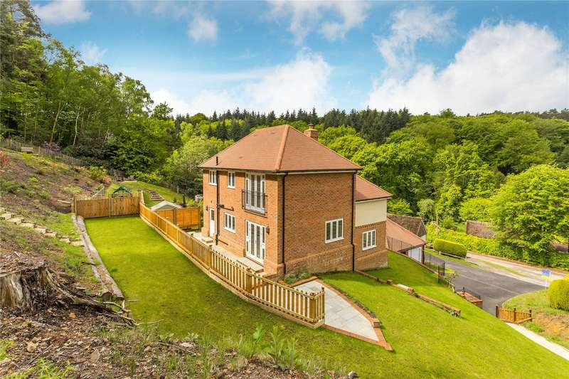 4 Bedrooms Detached House for sale in The Old Quarry, Haslemere, Surrey, GU27
