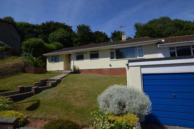 4 Bedrooms Semi Detached Bungalow for sale in Chestnut Drive, Brixham, Devon