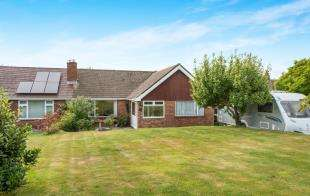 3 Bedrooms Bungalow for sale in Valley Drive, Loose, Maidstone, Kent