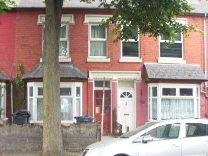 3 Bedrooms Terraced House for sale in Sandbourne Road, Birmingham, West Midlands