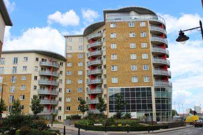 2 Bedrooms Flat for sale in 2 Pancras Way, London