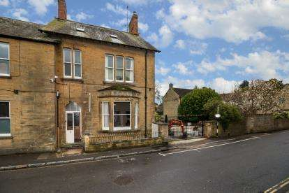 6 Bedrooms End Of Terrace House for sale in South Petherton, Somerset