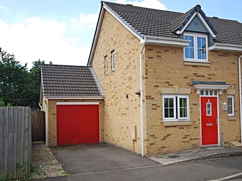 2 Bedrooms Semi Detached House for sale in Schooner Circle, Newport, South Wales. NP10 8EX