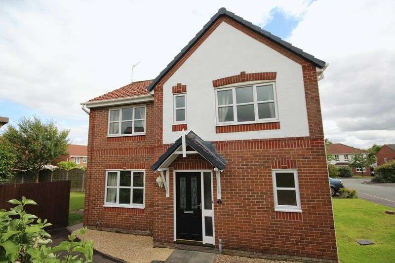 3 Bedrooms Detached House for sale in HALCYON CLOSE, Norden, Rochdale OL12 7LY