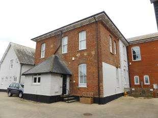 2 Bedrooms Maisonette Flat for sale in The Elms, Dymchurch Road, New Romney, Kent