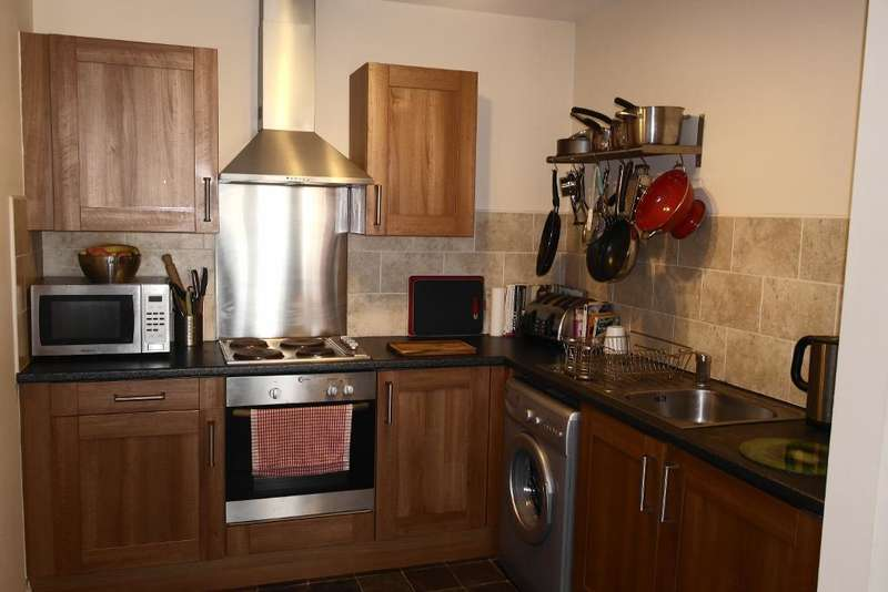 1 Bedroom Flat for sale in Old Harbour Court, Hull, HU2 1EN