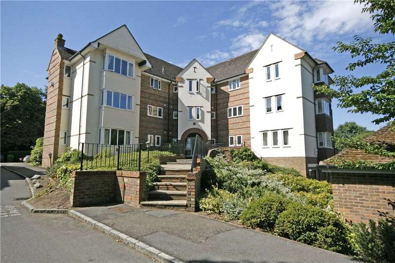 2 Bedrooms Apartment Flat for sale in St. Nicholas Crescent, Pyrford, Woking, Surrey, GU22