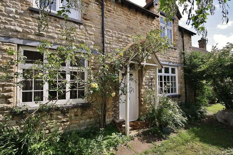 3 Bedrooms Cottage House for sale in ASTON, Newbury House, Laundry Lane OX18 2DQ