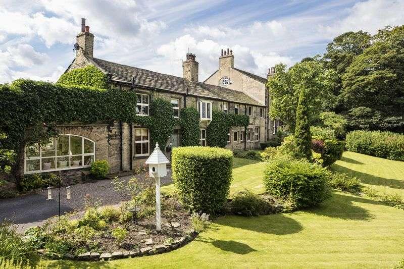 5 Bedrooms Property for sale in Fleminghouse Lane, Almondbury, Huddersfield